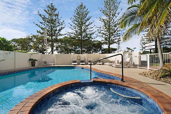 Golden Shores Resort swimming pool